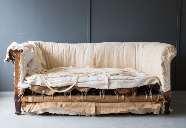 Chesterfield softa in need of reupholstering