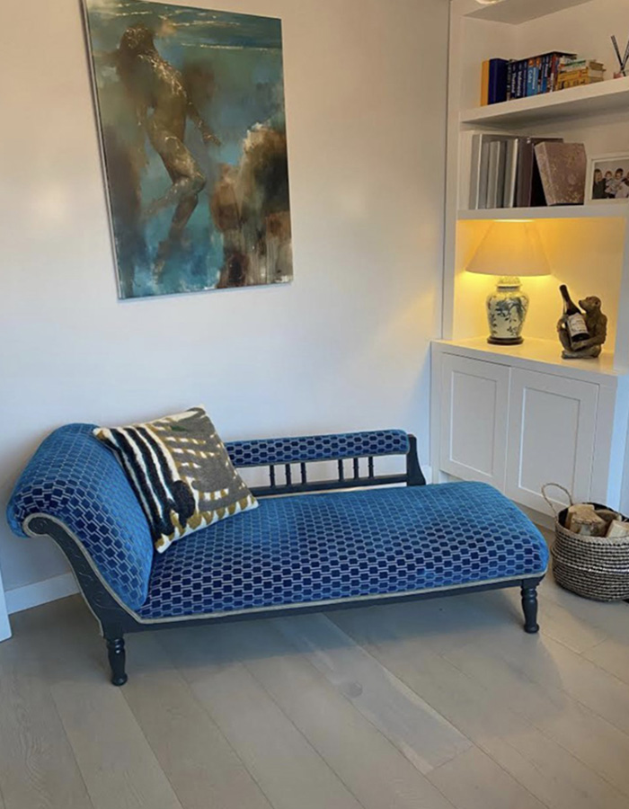 Reupholstered dark blue chaise lounge